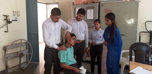 Hands on training of Physiotherapy session given by Physiotherapist to D.Ed SE MR trainees